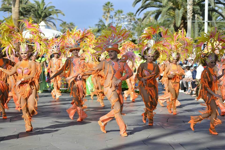 Puerto de la Cruz se despide del Carnaval a lo grande