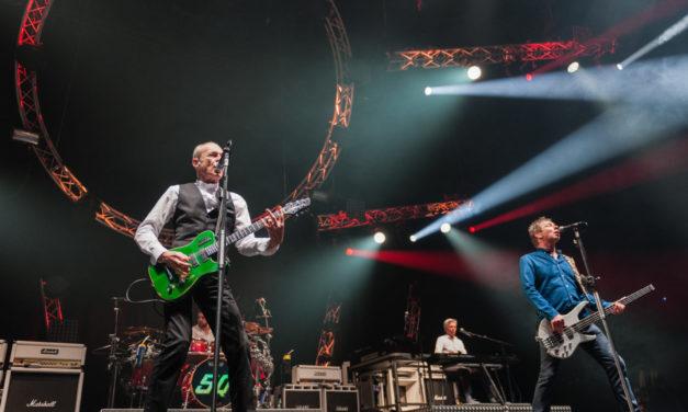 El rock legendario de Status Quo llega este viernes al Pabellón Santiago Martín